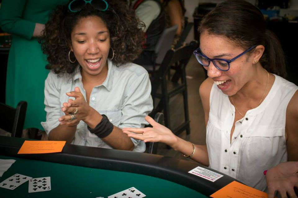 Poker Divas - playing poker