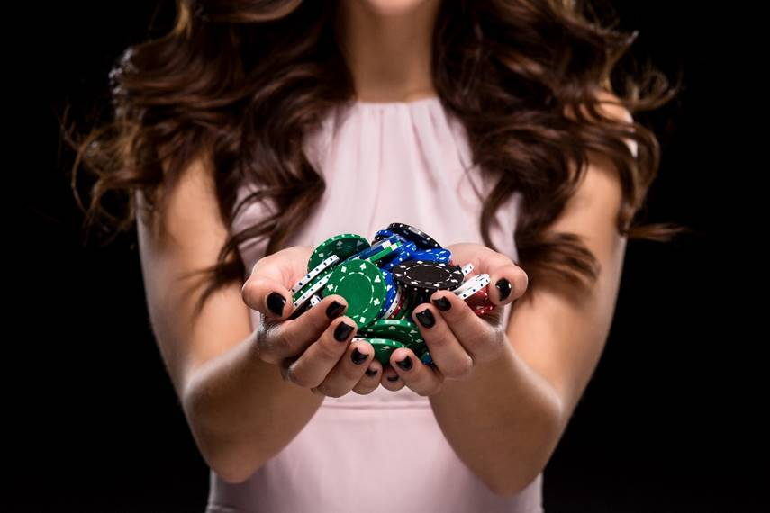 Poker Divas Nuts