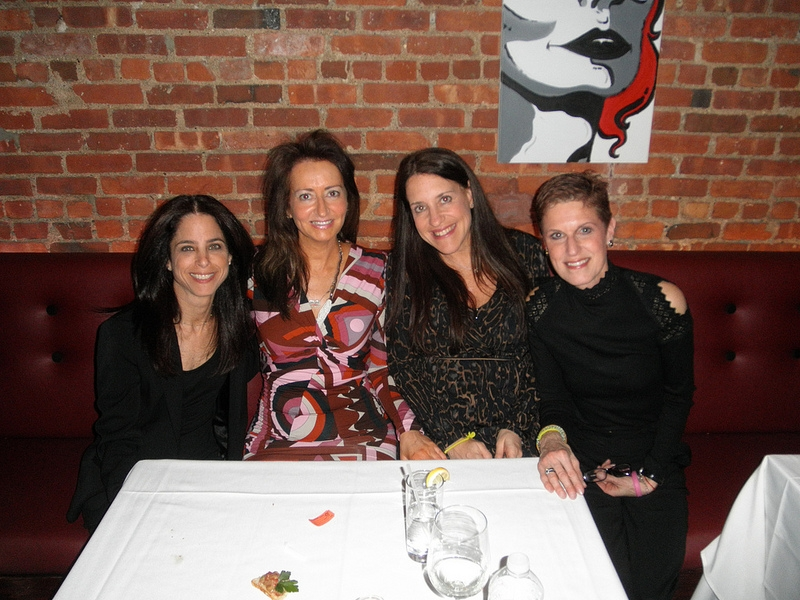 Poker Divas - Women pocker bookNice women
