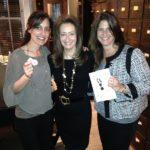 Poker Divas - Women pocker bookTaking pictures together