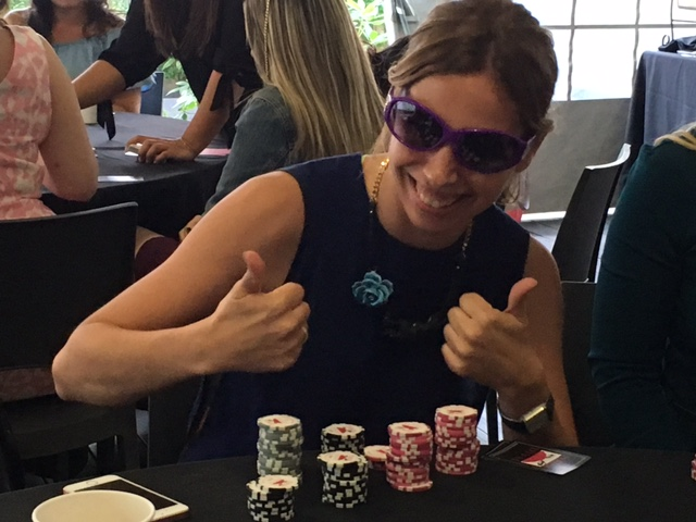 Poker Divas - woman thumbs up