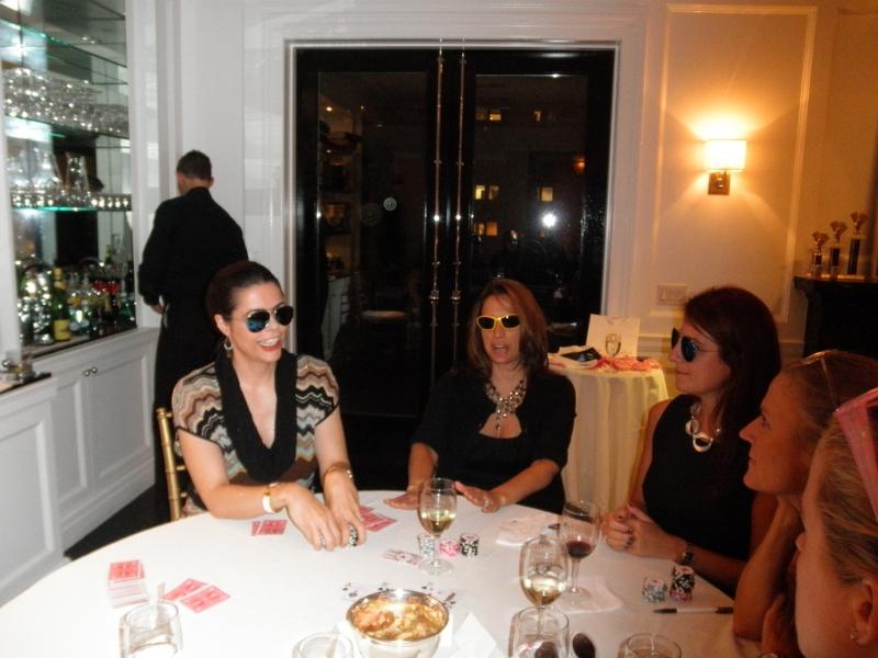 Poker Divas - women barrel