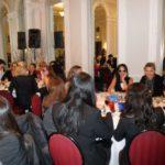 Poker Divas - Crowded eventEvent room