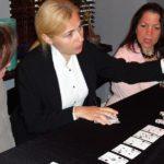 Poker Divas - Woman calling Station