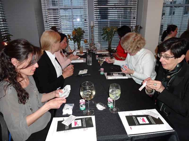 Poker Divas - Women made hand