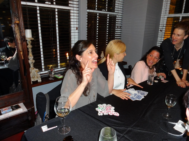 Poker Divas - Women figuring out