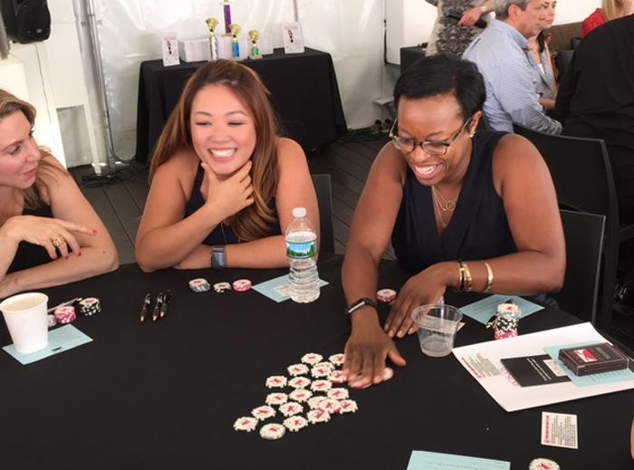 Poker Divas - People playing poker