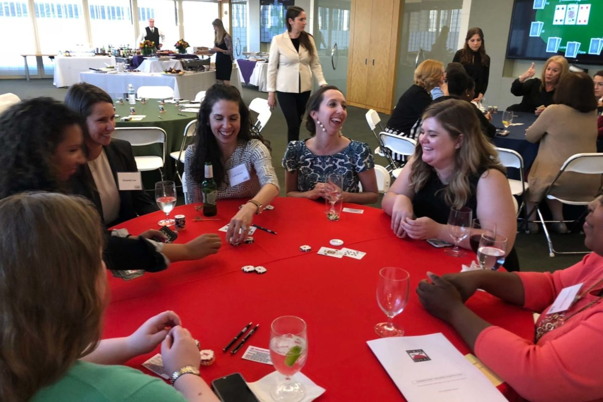 Poker Divas - Women chatting