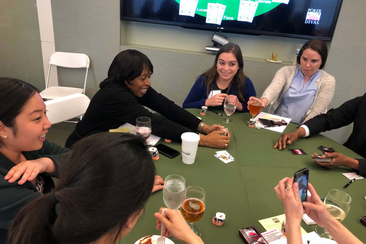 Poker Divas - Women playing