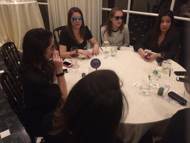 Poker Divas - Poker Divas - women steal