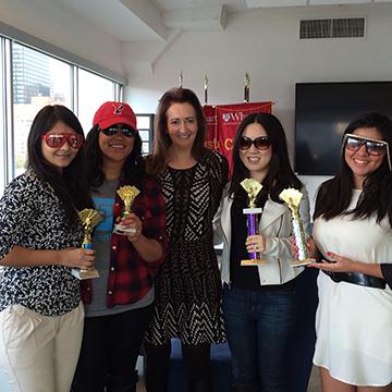 Poker Divas - five women with prizes