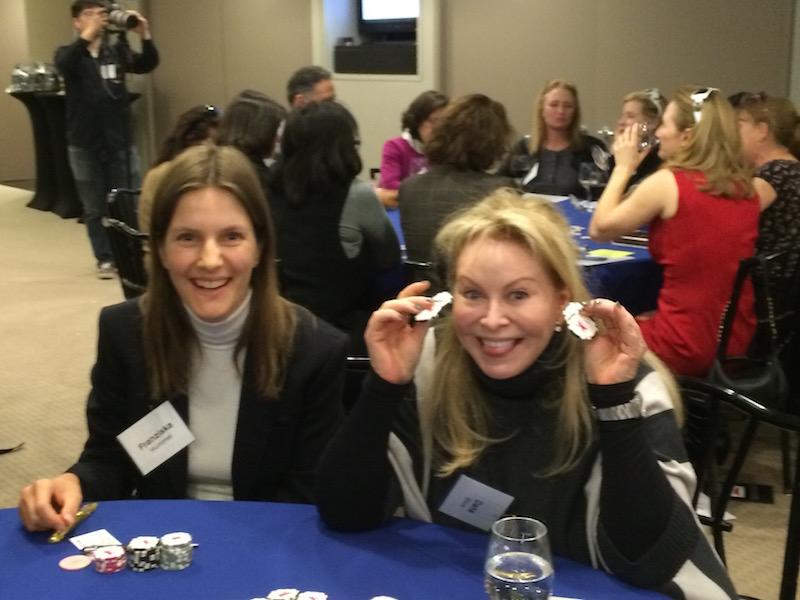 Poker Divas - Women showing stakes