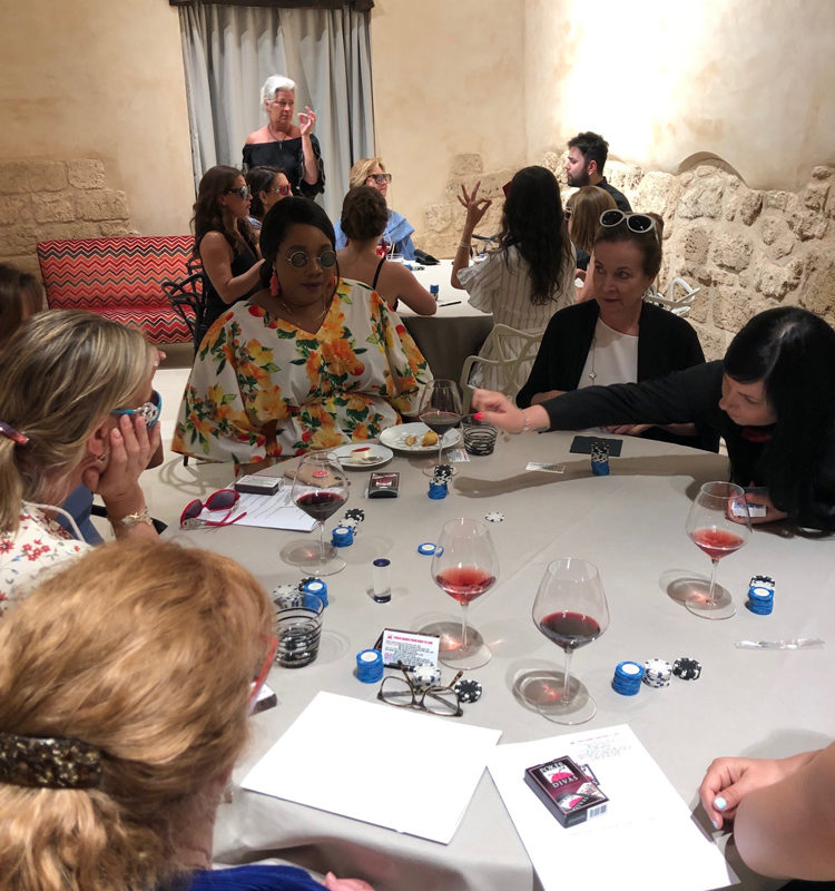 Poker Divas - women
