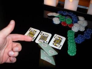 poker-folding